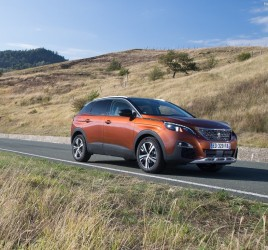 Peugeotu 3008 titula Car of the Year